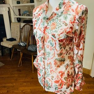 Dna couture Sheer Floral button up 🤩